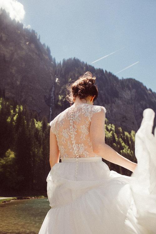 elise-hameau-robe-mariee-mariage-ceremonie-2018-maud-chalard_73